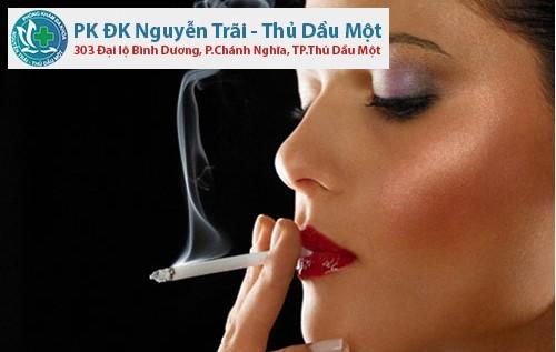 Hút thuốc lá gây ra nhiều bệnh về mắt