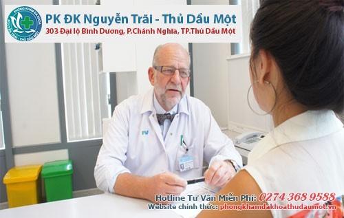 Kiểm tra sức khỏe giúp bác sĩ nắm rõ được sức khỏe của chị em