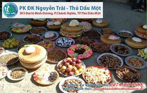 Đồ ăn của người Hunzas thường là trái cây, sữa và ngũ cốc.