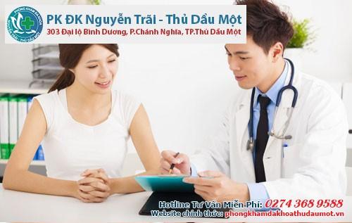 Việc điều trị viêm phụ khoa bằng thuốc nên được thực hiện