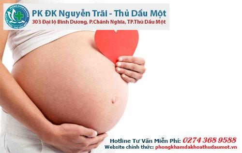 Viêm lộ tuyến cổ tử cung khi đang mang thai phải làm sao